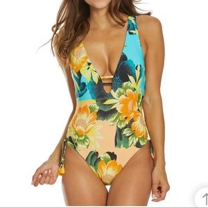Lucky Brand Tropical paradise one pieces slim fit